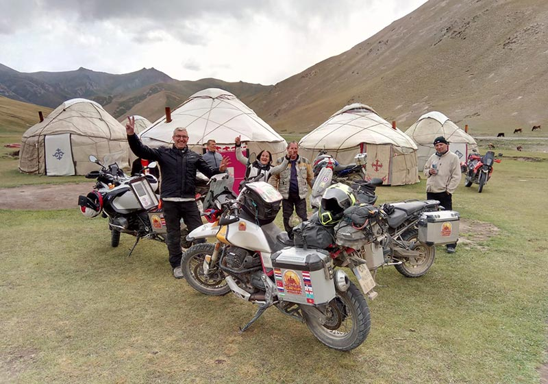 yurt camp at Tash Rabat